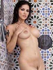 Sunny Leone is turning herself on while taking shower from Twistys Network